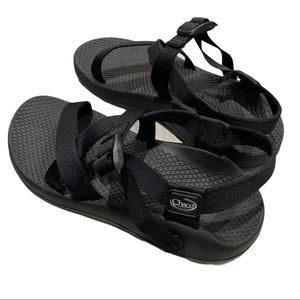 Chaco Sandals Rare all black 8 Medium vibram